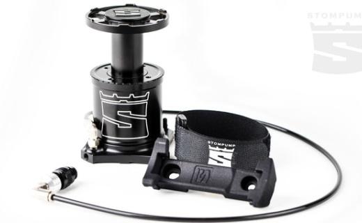 易拉罐大小脚踩气泵:仅重185g,三倍于手动气泵效率
