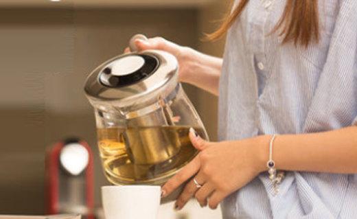 德尔玛养生壶:高硼硅玻璃材质,12种美食制作模式