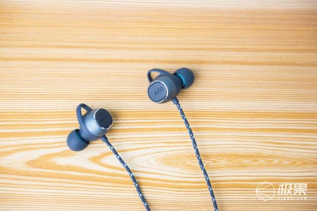 便携与HIFI也可兼得!AKGN200蓝牙耳机评测:运动、通勤的音乐利器