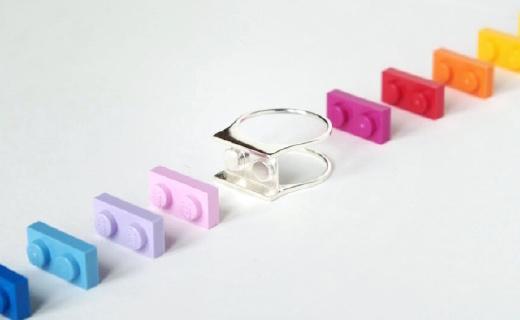设计师以乐高为灵感,设计出积木戒指!