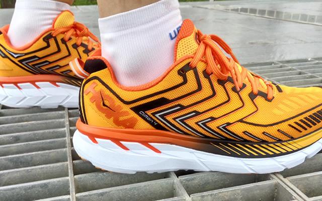 要说跑鞋缓冲哪家强,只服Hoka Clifton4缓震跑鞋