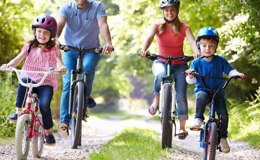 永久14寸折叠自行车:超轻又便携,女生也能轻松抬起
