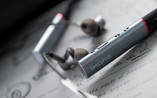 降噪實力派,1MORE 高清降噪圈鐵藍牙耳機體驗