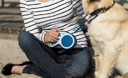 FlexiExplore伸缩宠物绳:单手回收,帮你轻松控制爱犬