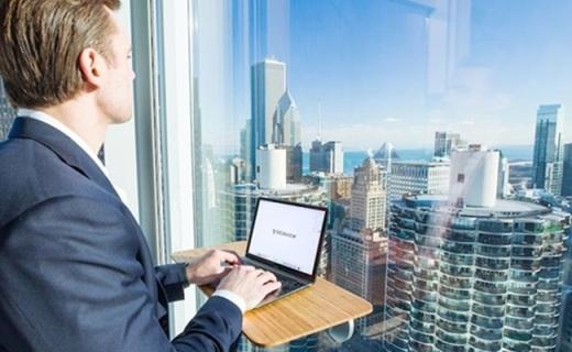 超强吸力的移动办公桌,哪里舒服就在哪里办公
