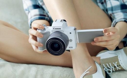 佳能邀请EOS新代言人陈坤,共同发布EOS M50等三款新品!