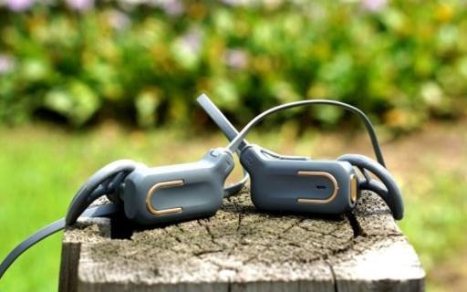 拒绝运动时听诊器效应,小巧轻便CD般音质 — 优思当运动蓝牙耳机体验