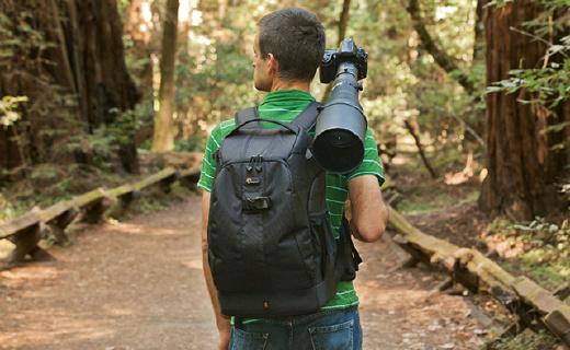 专业摄影师都爱用的Lowepro双肩摄影包,防水耐撕空间大背着还超舒服
