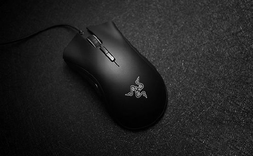 雷蛇 蝰蛇游戏鼠标:反应快速灵敏,按键可编程设置
