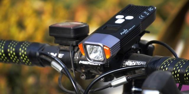 將前路照亮 為夜騎護航—細說FENIX菲尼克斯BC35R車燈