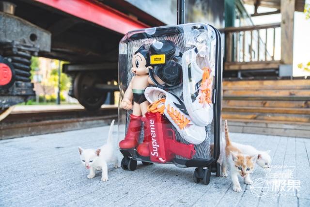 CrashBaggage分享系列透明行旅箱