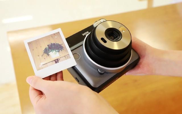 和女友一起找点乐趣,富士一次成像相机SQ6轻评测