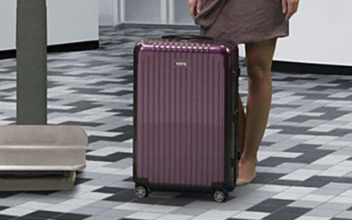 日默瓦Salsa Air系列旅行箱:聚碳酸酯箱体,轻盈坚固只有4瓶水重
