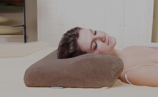 睡眠博士枕芯:温感蝶型记忆枕,透气贴合养护你的睡眠
