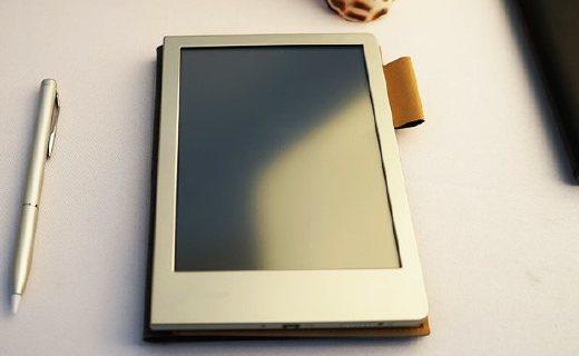 夏普电子笔记本:轻盈纤薄携带方便,大容量内存简单好用
