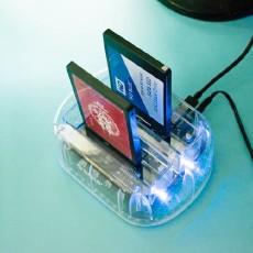 不用電腦脫機復制,這個硬盤底座整盤備份最方便,實測快不快?
