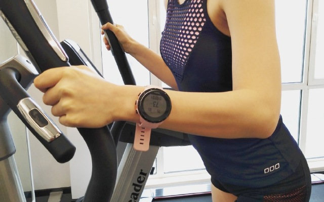 还没瘦下来?美女健身教练告诉你可能你缺了这块表