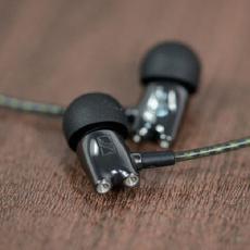 森海塞尔(Sennheiser) IE800 入耳式耳机