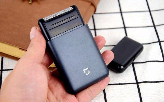能揣进口袋的剃须刀,百元价格却有大牌品质 — 米家便携电动剃须刀体验 | 视频