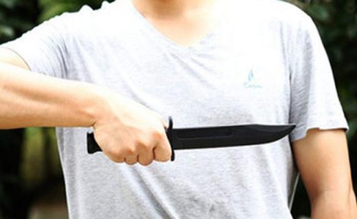 美国冷钢短刃训练刀:格斗训练不伤手,凯夫拉硬塑防身携带可过安检