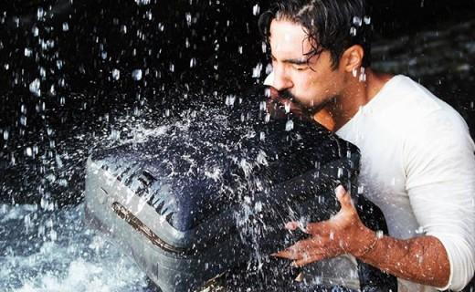 能充气的防水抗震背包,旱鸭子落水抱它就够了