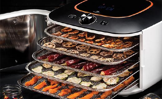 有了这款烘干机,在家就能快速做出果蔬干