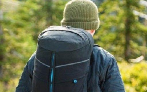 北风之神佩拉尔塔款背包:24L容量轻量便携,肋骨结构背负透气