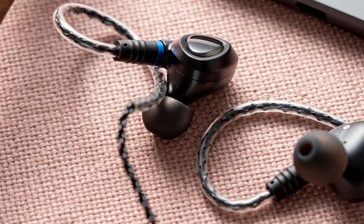 瞬态响应极快,音质动态丰满,山灵ME100耳机体验
