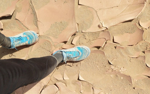 助你完成百公里沙漠徒步,莱肯轻量化越野跑鞋体验
