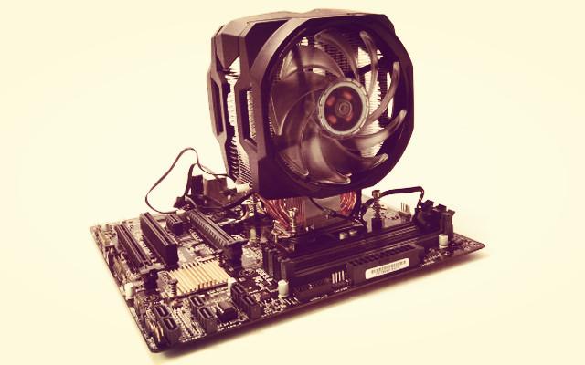 吃鸡不升温!不到300块就让主机住进空调房 — 酷冷至尊T610P CPU风冷散热器装机体验