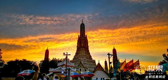 拍大片、AI翻译都方便,带着华为Mate20Pro游泰国