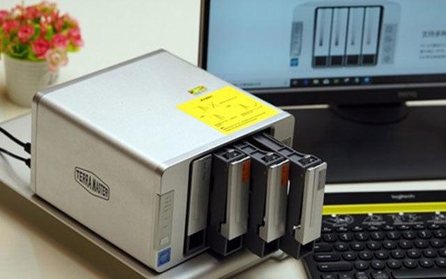 让私有云存储,变得安全易用  — 铁威马F4-220 网络存储器体验