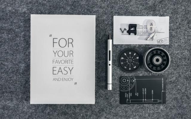 桌面工艺品wowstick1锂电螺丝刀,拆机必备神器 | 视频