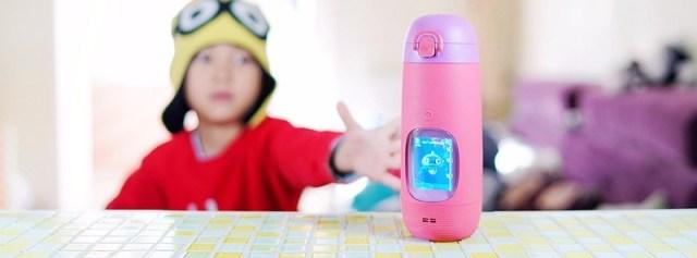 智能语音互动,这水杯让孩子喝水变成了乐趣 — Gululu Talk 微语智能便携式水杯体验 | 视频