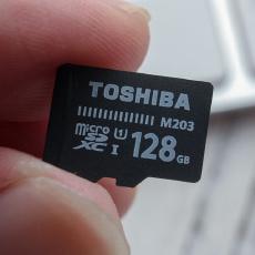 小身材大空间,不再担心容量不够大,TOSHIBA 128G MicroSD上手体验