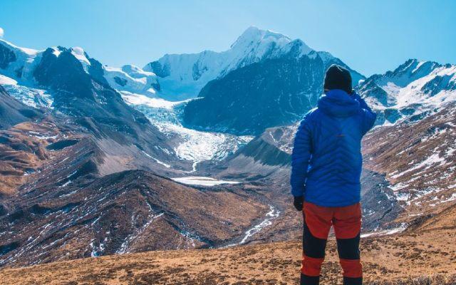 猛犸象羽绒服体验:抗风保暖雪地打滚都没事 | 视频