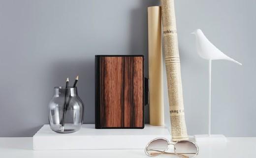 开物创意笔记本:木革封皮温柔触感,收纳记录多功能