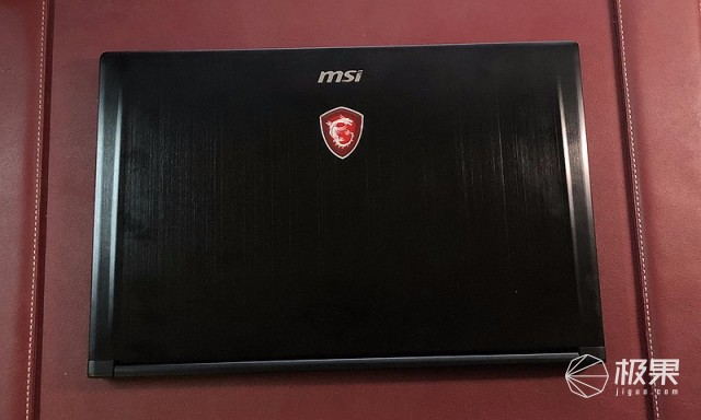 微星(MSI)GE63VR笔记本电脑