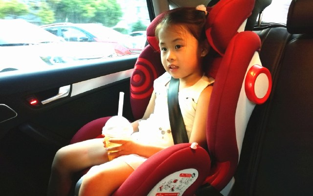 猫头鹰儿童安全座椅体验:一款座椅,相伴十年