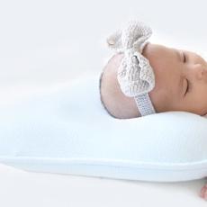 亲肤不刺激枕头,三个阶段呵护宝贝头部发育 — 施力普 幼儿三阶段定型枕头体验
