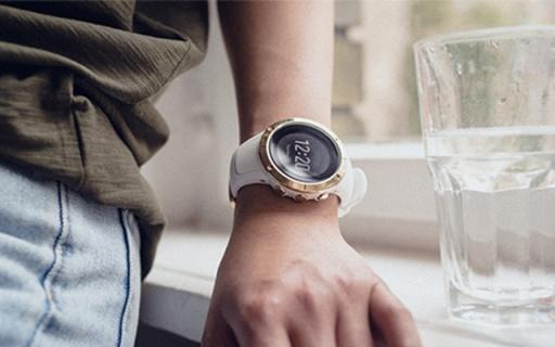 新配色!颂拓推出两款全新黑白配色精钢腕表