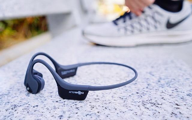 高音质、轻重量、黑科技,最适合路跑耳机韶音Trekz Air