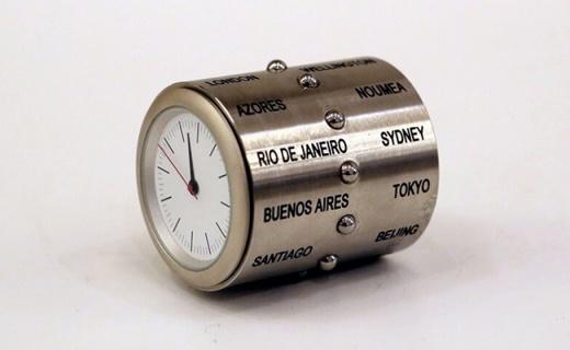 超神奇的万国时钟,轻轻一转就能掌握全球时间