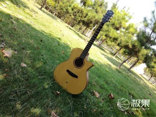 自己与登上春晚的舞台只有一把吉他的距离 GEEK圆梦心中梦想