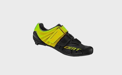 DMT R4骑行锁鞋:碳纤维鞋底仅重265g,通风孔洞透气性极佳