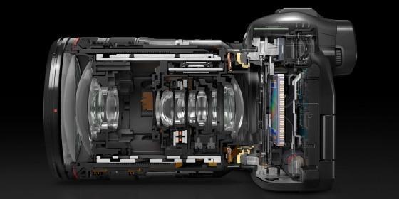 单反时代终结?Canon发布全幅无反相机 EOS R !