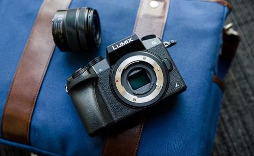 松下Lumix G7相机:8张/秒高速连拍,49点对焦支持4K拍摄