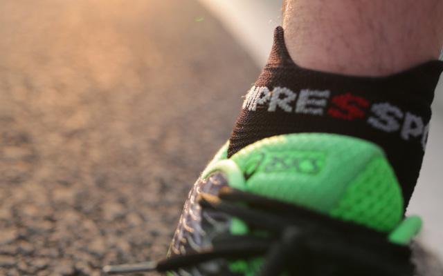 3D豆 跑步袜体验:舒适透气还能足部大保健 | 视频