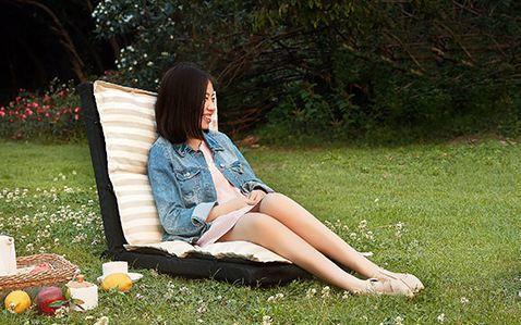 顾家家居沙发:高回弹海绵舒适透气,可折叠方便携带放置