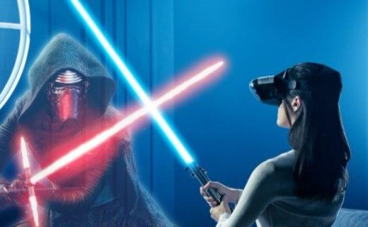 联想1999元AR头盔套装:配光剑凭空玩星球大战